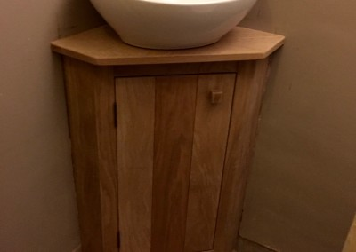 Oak corner sink unit