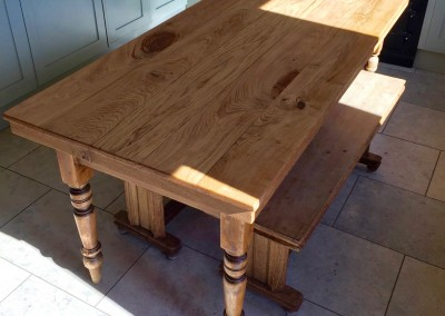 Oak dining table & benches